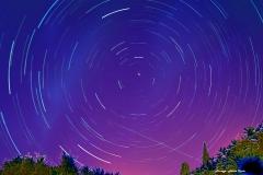 Filé d'étoiles sur la polaire